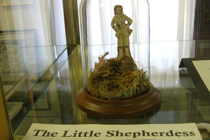 Ridgetop Farm & Garden | Laura & Carrie Ingalls | Keystone | Museum | Little Shepherdess